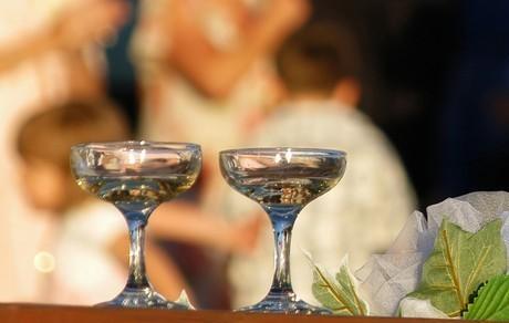 Sektempfang nach der Trauung