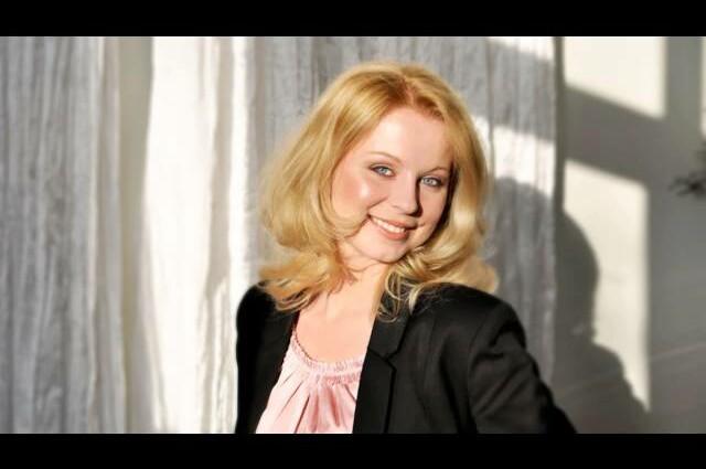 Sängerin AnnettMusic.de Half a minute, Sway live Cover by Annett (Musik zum Sektempfang)