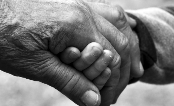"""Trauerlied """"Gib mir deine Hand"""" von Helene Fischer – deutsche Trauermusik 2018"""